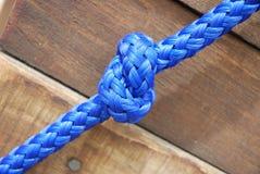 Cierre azul del nudo para arriba Foto de archivo libre de regalías