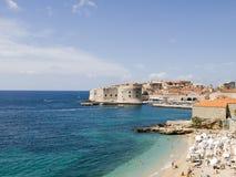 Cierre de Dubrovnik encima del panorama fotos de archivo