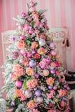 Cierre de la decoración del árbol de navidad para arriba Imagenes de archivo