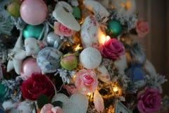 Cierre de la decoración del árbol de navidad para arriba Imagen de archivo