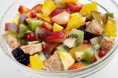 Cierre de la ensalada de fruta para arriba Imagen de archivo