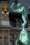 Cierre de la estatua de Grote Markt Amberes Brabo Fotografía de archivo