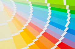 Cierre de la guía de la carta de color para arriba Imagen de archivo