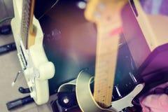 Cierre de la guitarra eléctrica encima del detalle fotografía de archivo libre de regalías