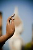 Cierre de la mano de Buddha para arriba Fotos de archivo