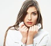 Cierre de la muchacha del adolescente encima del retrato de la belleza aislado en el backgr blanco Fotos de archivo