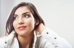 Cierre de la muchacha del adolescente encima del retrato de la belleza aislado en el backgr blanco Fotografía de archivo