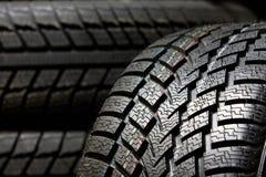 Cierre de la pisada del neumático para arriba Foto de archivo