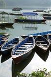 Cierre de los barcos en el lago Phewa Fotografía de archivo