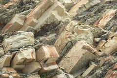 Fondo natural del acantilado de piedra Imágenes de archivo libres de regalías