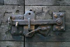 Cierre de puerta antiguo foto de archivo