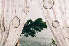 Cierre del arco de la boda para arriba Imágenes de archivo libres de regalías