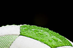 Cierre del balón de fútbol para arriba fotos de archivo libres de regalías