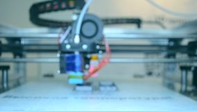 cierre del funcionamiento de la impresora 3D para arriba Fondo enmascarado metrajes