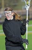 Cierre del jugador del lacrosse de las mujeres para arriba imagen de archivo libre de regalías