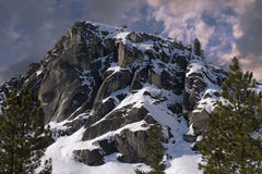 Cierre del pico de montaña para arriba Foto de archivo