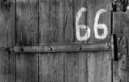 Cierre en los paneles de madera de la cerca Imagen de archivo libre de regalías
