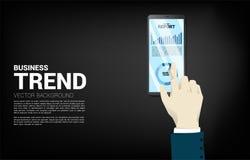 Cierre encima del informe del gráfico de negocio del tacto de la mano del hombre de negocios en teléfono móvil stock de ilustración