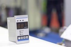 Cierre encima del solo indicador de vacío eléctrico de la alta exactitud y de la precisión para la medición de la presión de indu fotos de archivo libres de regalías