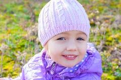 Cierre hermoso de la niña encima del retrato Fotos de archivo