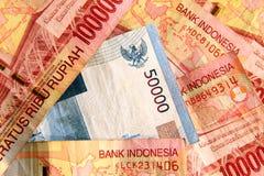 Cierre indonesio del rupia para arriba. fotografía de archivo