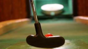 Cierre interior del tiro de golf para arriba Cambio del foco