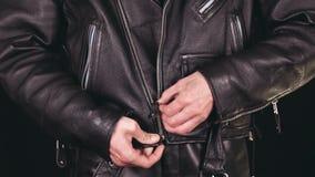 Cierre las chaquetas de cuero metrajes