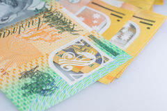 Cierre para arriba de australiano cientos esquinas del billete de banco del dólar Imágenes de archivo libres de regalías