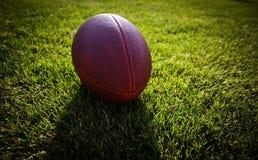 Cierre para arriba de un fútbol americano Imagen de archivo