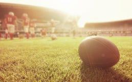 Cierre para arriba de un fútbol americano fotos de archivo libres de regalías