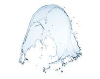 Cierre para arriba del chapoteo del agua azul y de los descensos del agua Foto de archivo libre de regalías