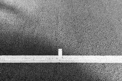 Cierre para todo clima del campo de tenis para arriba, línea baja de centro Foto de archivo
