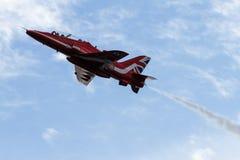 Cierre rojo del jet de la flecha para arriba Imagen de archivo