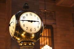 Cierre terminal del reloj de Grand Central para arriba fotos de archivo