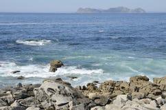 Cies öar som ses från Baiona Fotografering för Bildbyråer