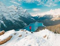 Cieszyć się oszałamiająco Peyto Jeziornych widoki w Banff parku narodowym obrazy stock