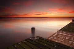 Cieux de lever de soleil chez Berkeley Vale Central Coast Australia Image libre de droits