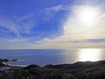 Cieux dramatiques au-dessus du Pacifique Images libres de droits