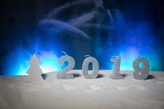 2019 cifre sulla neve Un nuovo concetto felice di 2019 anni Spazio vuoto per il vostro testo immagine stock libera da diritti