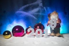 2019 cifre sulla neve Un nuovo concetto felice di 2019 anni Spazio vuoto per il vostro testo immagini stock