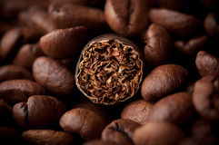 Cigar and coffee Royalty Free Stock Photography
