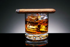Cigar on Drink Royalty Free Stock Images