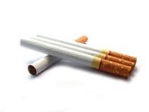 Cigarett på isolerat Fotografering för Bildbyråer