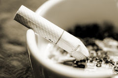 Free Cigarette & Ashtray Royalty Free Stock Photos - 41353758
