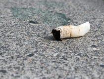 Cigarette2 esmagado Imagem de Stock