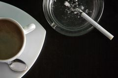 cigarettkaffe Royaltyfri Bild