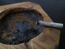 Cigarettskott arkivbilder