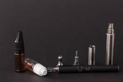 Cigarrillo electrónico avanzado grande Fotografía de archivo libre de regalías
