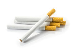 Cigarrillos aislados en blanco Fotografía de archivo libre de regalías