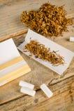 Cigarrillos del balanceo Fotografía de archivo libre de regalías